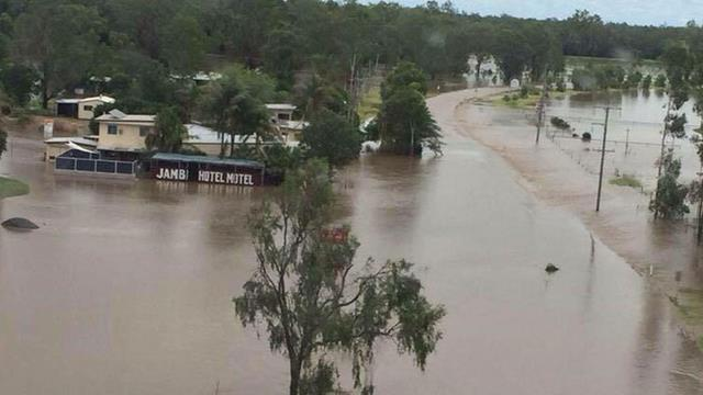 Cyclone Marcia hits Rockhampton and Yeppoon hard